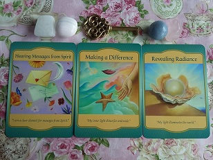 Gateway Oracle Card Reading