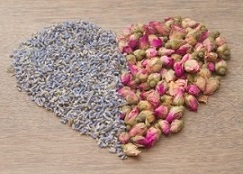 The Sweetest Love Spells Magic - Lavender & Rosebuds In Heart-Shape
