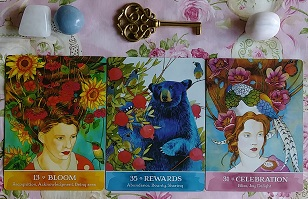 Secrets Of The Mystic Grove Card Reading