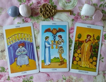Empathic Traditional Tarot Card Reading With The Radiant Tarot Cards