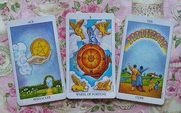 Empathic Traditional Tarot Card Reading With The Vibrant Tarot Cards