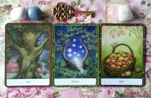 Wisdom Of Trees Oracle Card Reading